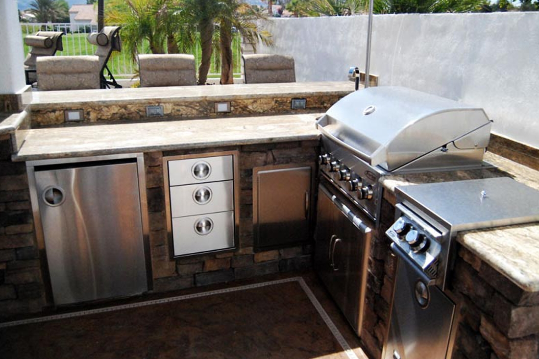 Custom bbq start building your outdoor kitchen Outdoor kitchen cost estimator